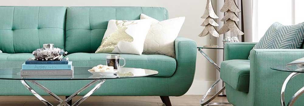 Upholstered-Furniture-on-Junk-Community